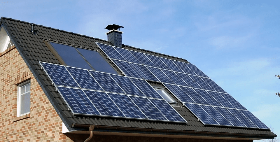 Instalación solar fotovoltaica conectada a red eléctrica